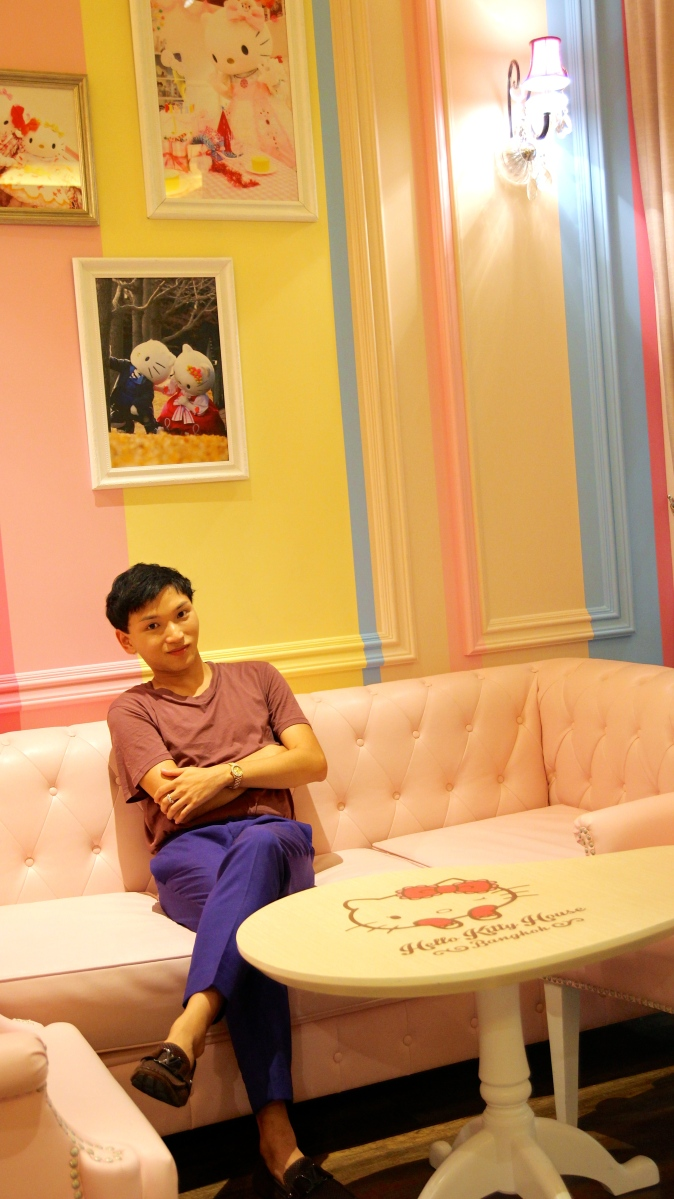Hello Kitty House Bangkok - Sweetly Strawberry Pink in the Heart of Bangkok